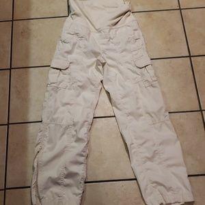Pants - Gap maternity cargo pants